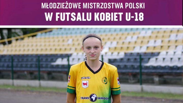 Dominika Kubka gra w Młodzieżowych Mistrzostwach Polski U-18